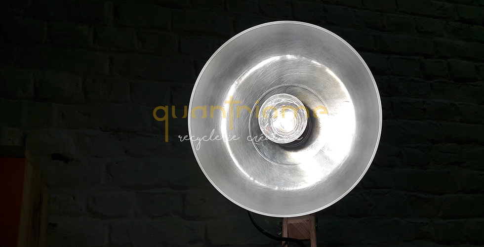 SLIDER LAMPE PINCE COUPOLE QUANTRIOME 2019